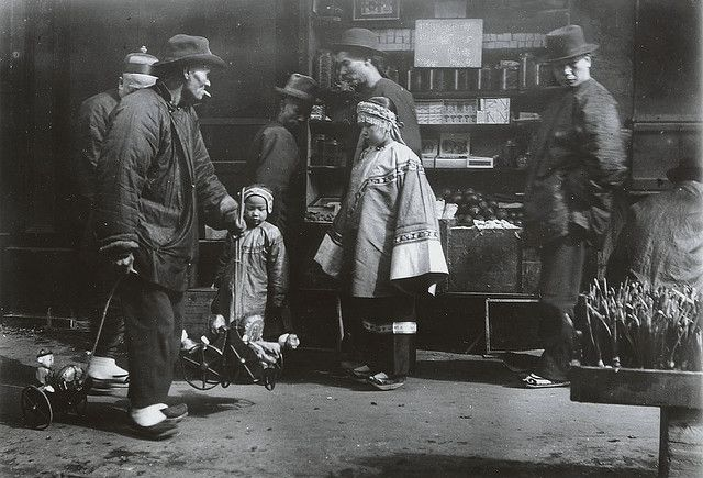 Chinatown, San Francisco c. 1900 by Arnold Genthe