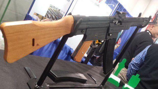 SHOT Show 2016 | Hill & Mac Gunworks STG-44 by Gun Carrier at http://guncarrier.com/shot-show-2016-hill-mac-gunworks-stg-44/
