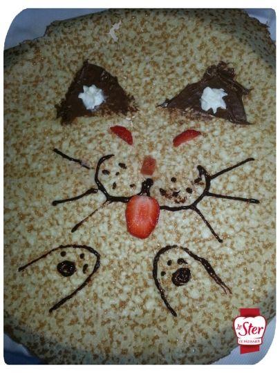 N'est-il pas mignon ce petit chat dessiné sur une crêpe Le Ster Le Pâtissier ?