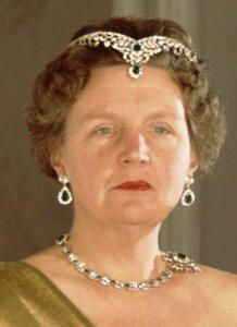 Emerald Jewels worn by Queen Juliana