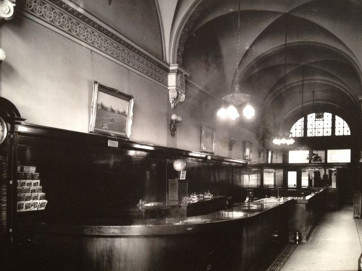 Grand Trunk station back in the day before it became a pub as the next picture shows