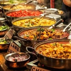 large-or-small-caterers-which-one-is-the-better-choice