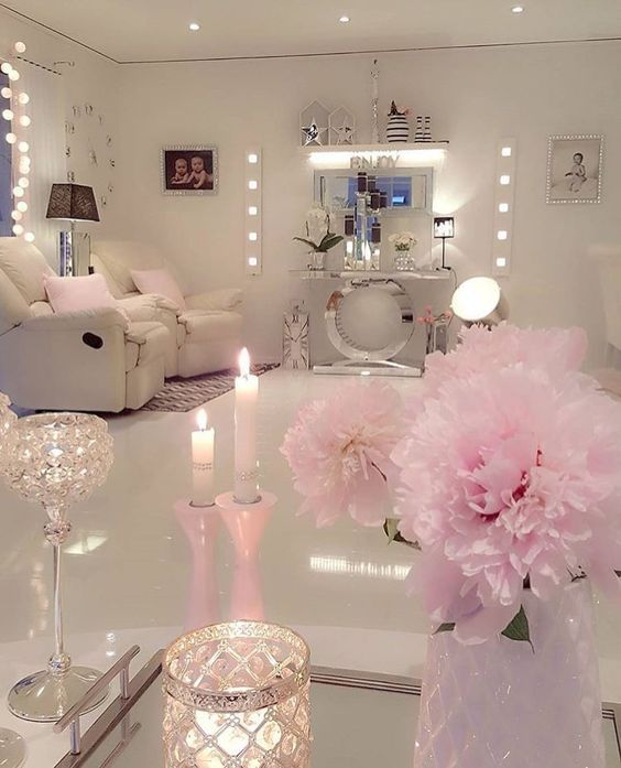 700 best Makeup Studio/Academy Ideas images on Pinterest | Bedroom ...