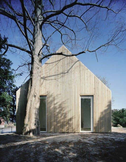 Simple house that looks like a house.