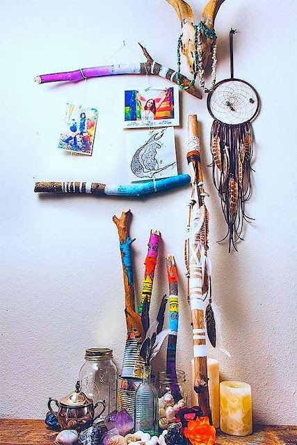 "MILAGROS MUNDO ""Funky Fairtrade & Hippy Chic"": DREAMERS ARE BELIEVERS sanctuary #hippy #lifestyle #boho dream catcher painted sticks"