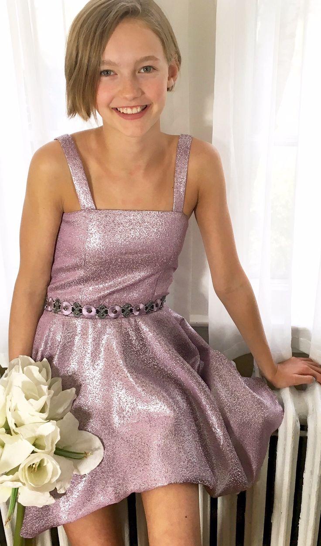 formal-teenager-girl-dresses-tengah