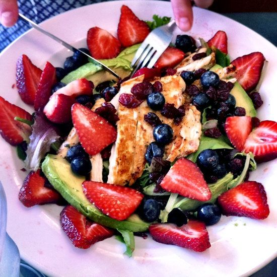 Berry, Avocado and Chicken Salad - This I possibly  could eat...