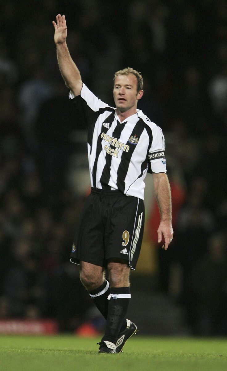 Alan Shearer, Newcastle United FC (1996–2006, 303 apps, 148 goals)