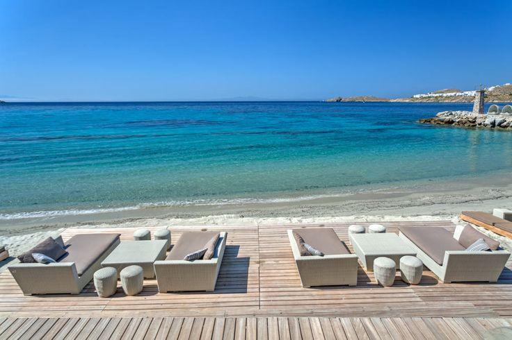 On a stunning day like this, would you like to be anywhere else?!? #mykonos #island #greece #santamarina #luxuryhotel #hotelmykonos