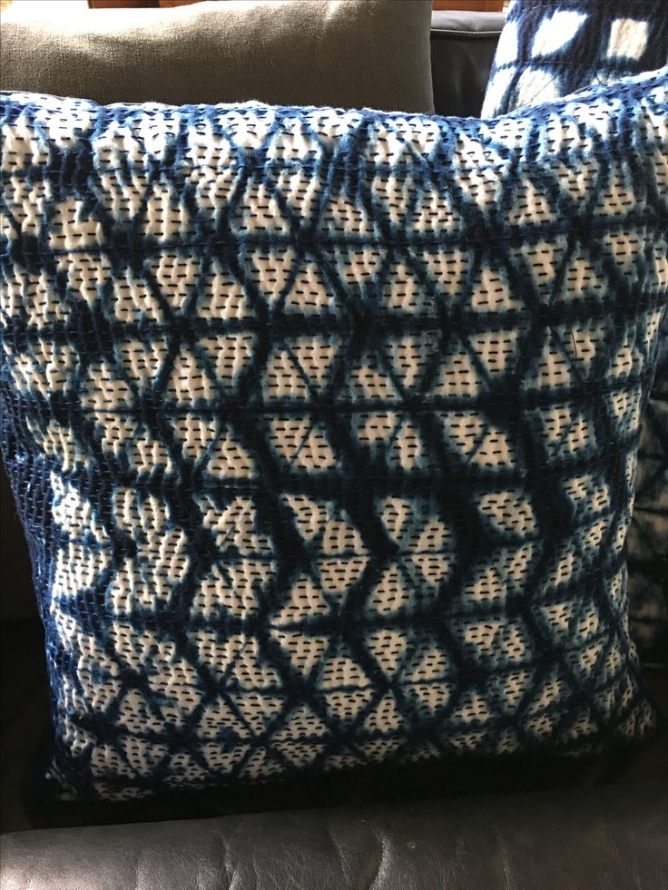 Simple shibori  pillow, lots of stitching for textureo