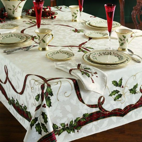 Holiday nouveau table linens by lenox holiday season for Table 6 lenox