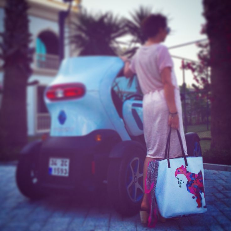 The Gray F print tote bag by kulik