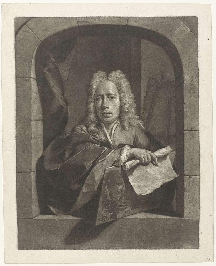 Nicolaas Verkolje | Portret van Carel Borchaert Voet, Nicolaas Verkolje, 1700 - 1746 | De stillevenschilder Carel Borchaert Voet staat in een venster. In zijn hand heeft hij een paneel, waarop diverse planten, en een rol papier. Op de achtergrond en schildersezel.