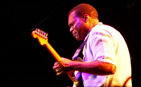 Tickets and information for Robert Cray's upcoming concert with Los Lobos and Rod Piazza And The Mighty Flyers at Fox Performing Arts Center in Riverside on 07 November 2013.