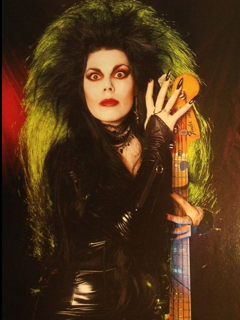 Patricia Morrison played with Andrew Eldridge
