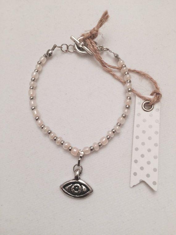 Charm Bracelet Seek Peek Evil Eye by MJCustomDesignCanada on Etsy