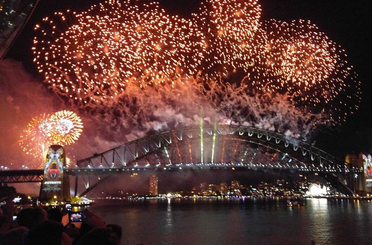 #happynewyear #year2016 #fireworks #Sydney #Harbour #sydneyharbourbridge from #sydneyoperahouse #NYE #party #sydnye #sydnye2015 #nye2015 #trishuavacay #travel #Australia #OZ #호주 #시드니 #여행 #새해 #불꽃 #불꽃놀이 #불꽃축제 #시드니오페라 #병신년2016 by seyheeya http://ift.tt/1NRMbNv