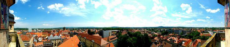 Blick auf #Bayreuth Auf die #Türme fertig los #Turmführung #Stadtkirche #Turmführungen nur Samstag 11 & 12 & 13 Uhr www.gasthof-pension-entenmuehle.de