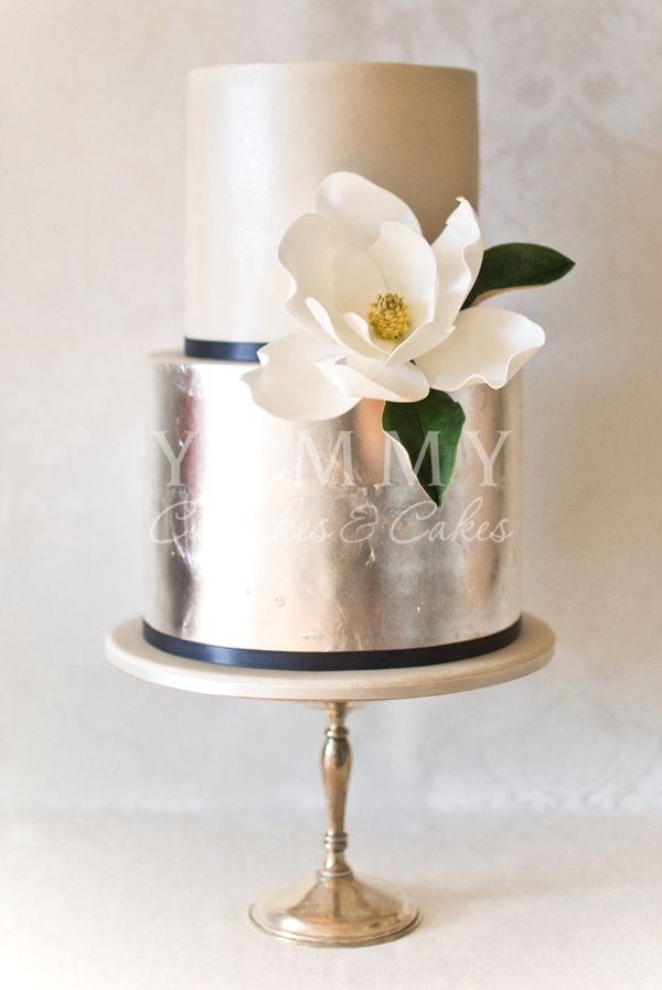 Silver Wedding Cake  Yummy Cupcakes and Cakes
