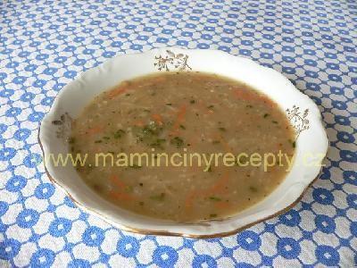 8 čočková polévka se zeleninou