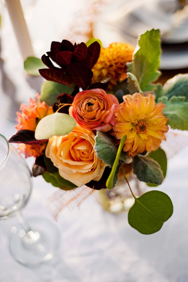 Elegant #autumn flowers rusts browns and gold