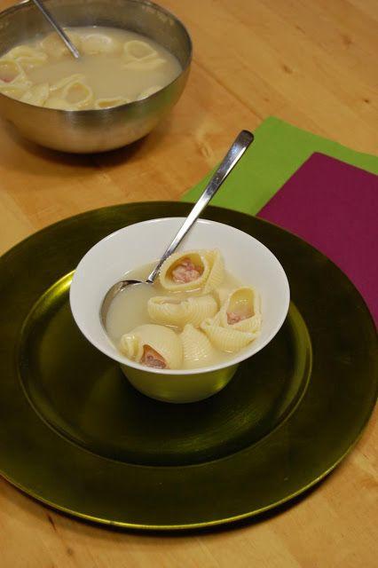i avui què cuino?: ESCUDELLA DE GALETS FARCITS DE CARN