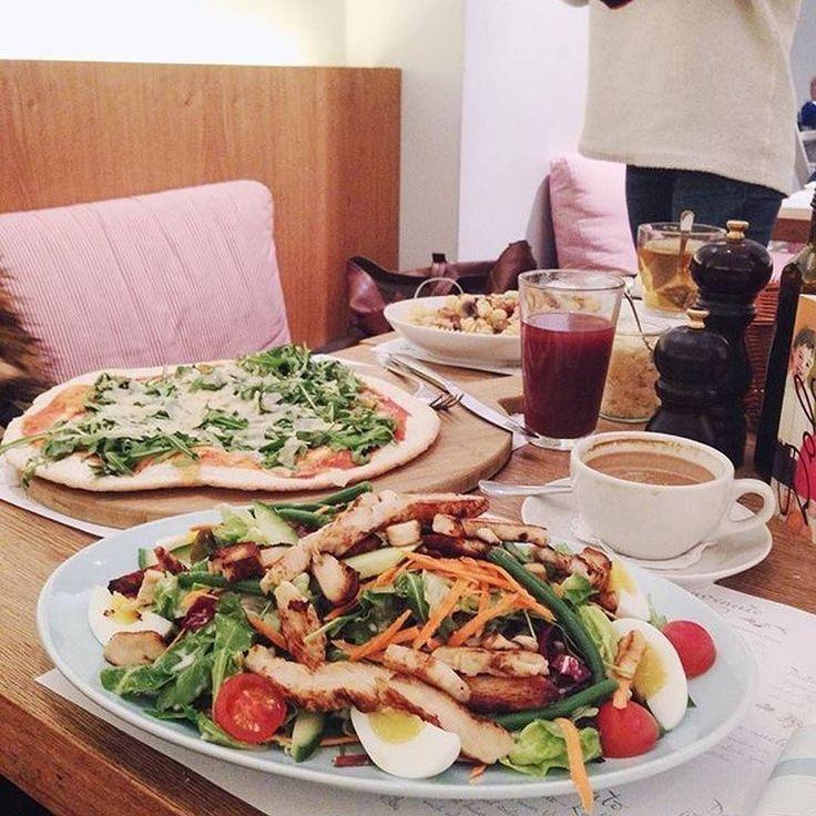 Heute der Tip des Tages von @anitaschu  Pizza prosciutto e rucola für 1090 und Insalata Nizzarada für 1080  Lade jetzt deine eigenen Gerichte in die Foodguide App - Link in Bio   @howsheliv and @liaela  #foodguideapp #hamburg #hansestadt #hhfood #welovehh #welovehamburg #hamburgfood #ig_hamburg #hamburgstagram #hamburgerecken #ilovehh #ilovehamburg #foodhamburg #restauranthamburg #hamburgrestaurants #hamburgrestaurant #hamburgeats #igershamburg #fresh #travel #healthy #foodie #cleanfood…
