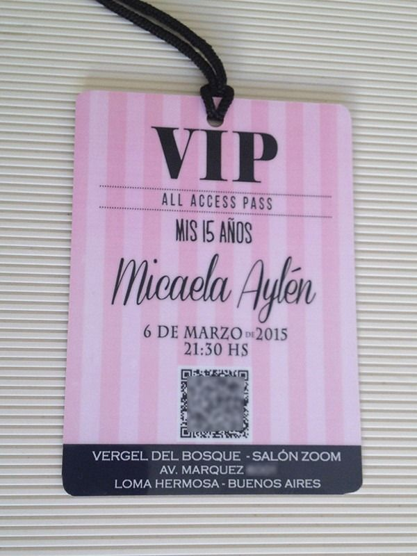 0693f9015 Invitaciones 15 Años Tarjetas Credenciales Vip Plastificada - $ 19,00 en  Mercado Libre