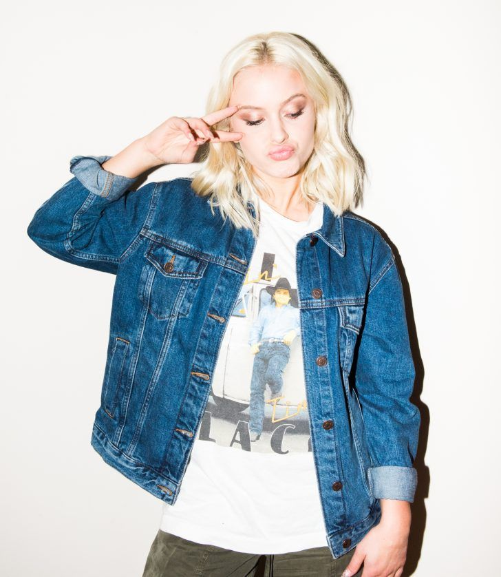 How Singer Zara Larsson Gets Ready For A Show