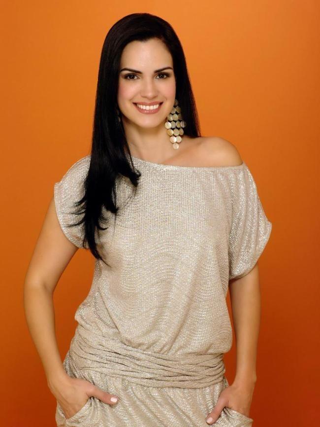 Scarlet Ortiz califica de atípica la telenovela que le regresó a Venezuela