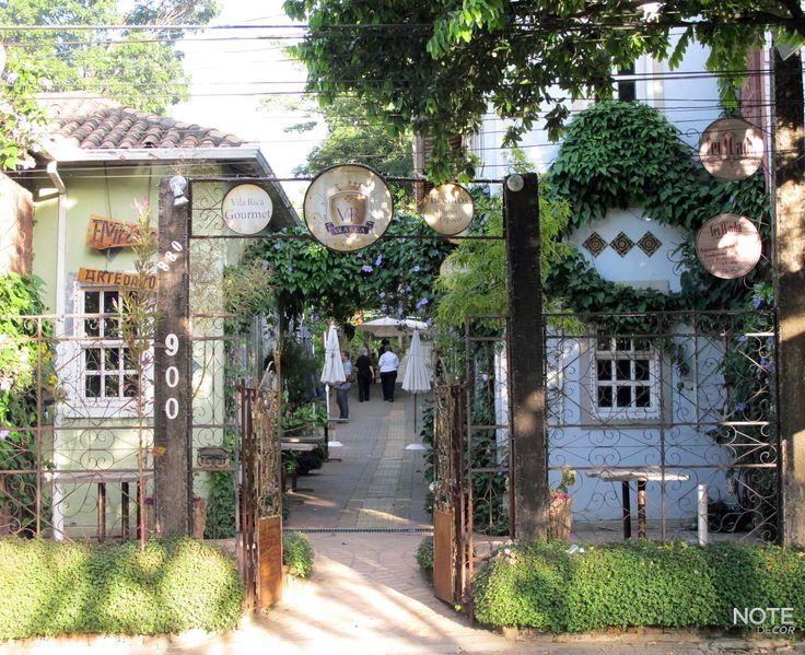 Restaurante Vila Rica, Pampulha - Belo Horizonte.