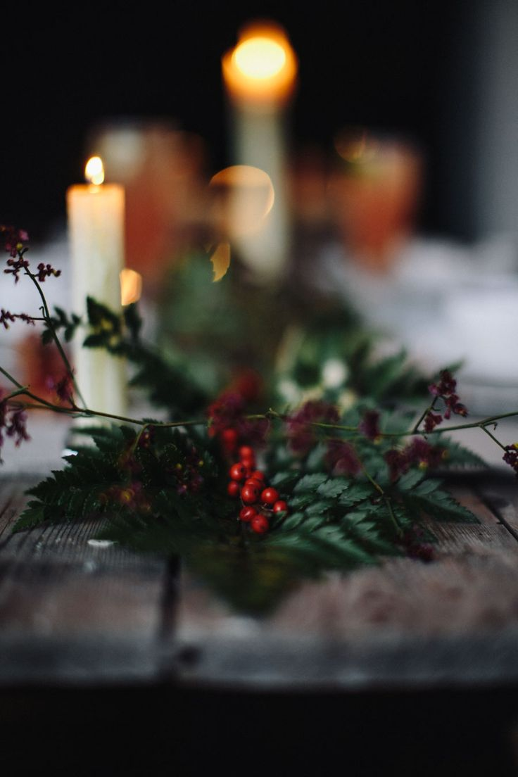 Christmas table style - living table runner