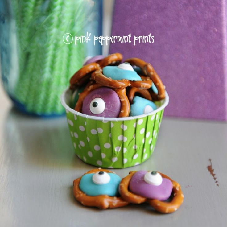 Party Food Ideas: Disney Monster's Inc. Monster's University Pretzel Snacks » Pink Peppermint Prints and Parties