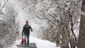 While Calgary is not under a snowfall warning, Environment Canada says several communities in western Alberta should brace for heavy snow.