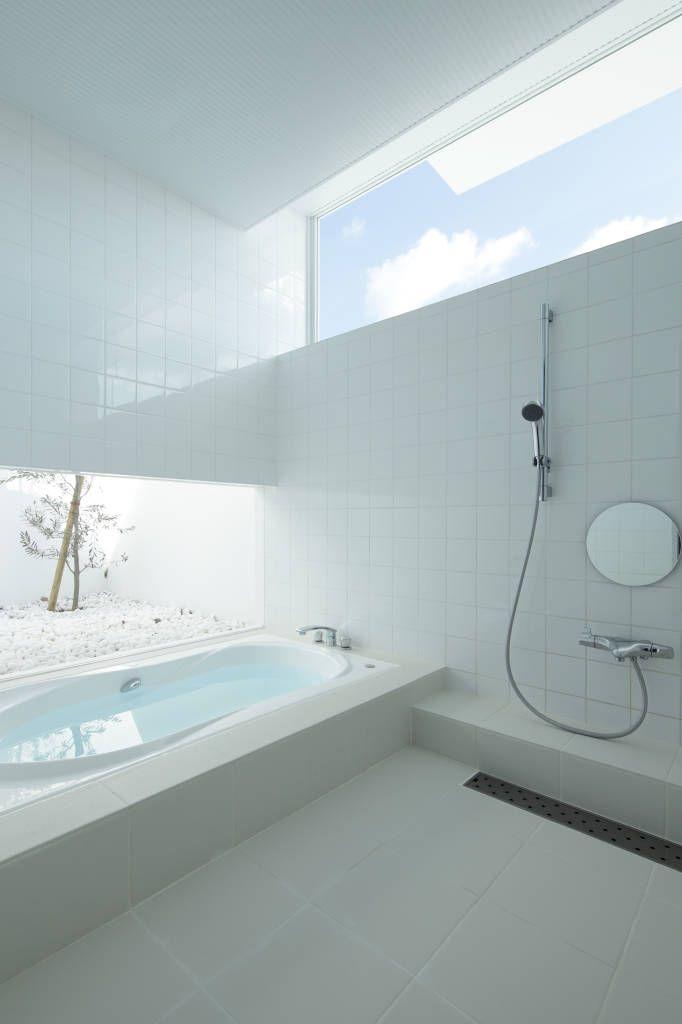 translation missing: jp.style.スパ.modernスパのデザイン:をご紹介。こちらでお気に入りのスパデザインを見つけて、自分だけの素敵な家を完成させましょう。