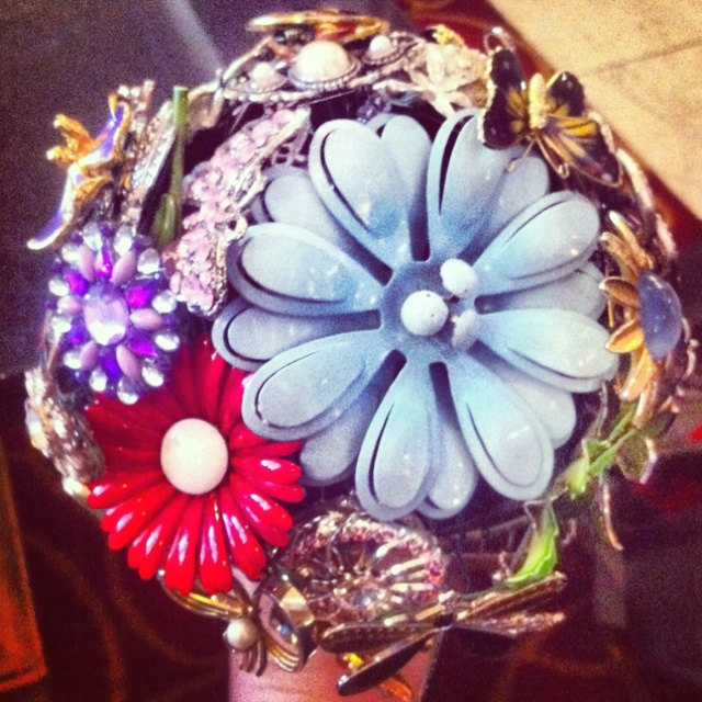 My lovely friend got married yesterday and made these beautiful brooch bouquets. This is my bridesmaids one!Brooches Bouquets, Beautiful Brooches