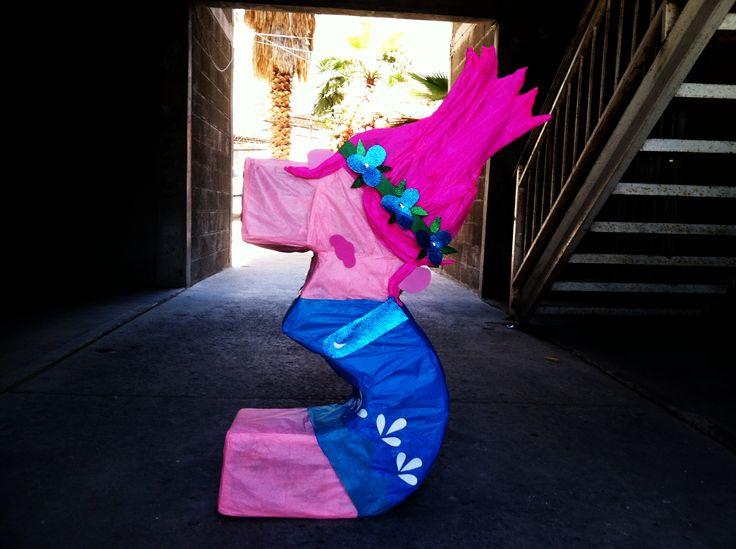 Trolls princess Poppy birthday party personalize number 3 pinata/ Piñata de numero 3 personalizado de Poppy de Trolls