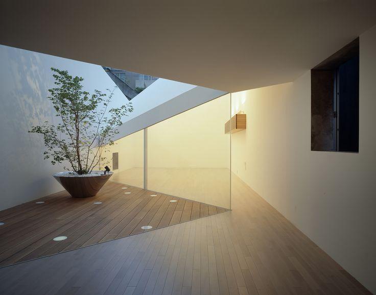 Gallery of A Hill on a House / Yuko Nagayama & Associates - 12