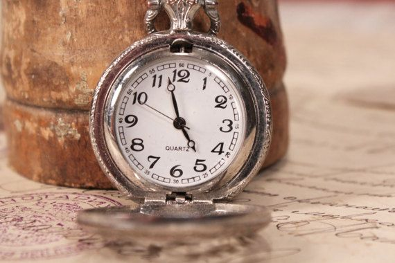 Pocket watch vintage - Quartz pocket watch - Working pocket watch - Mens pocket watch - Old pocket watch - Hinged pocket watch - Small watch