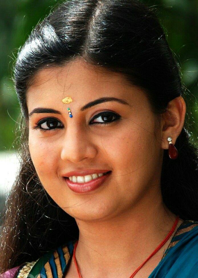 Nimisha Suresh  Biography, Wiki, Facts, Images & Life Story...Worldsuperstarbio.com