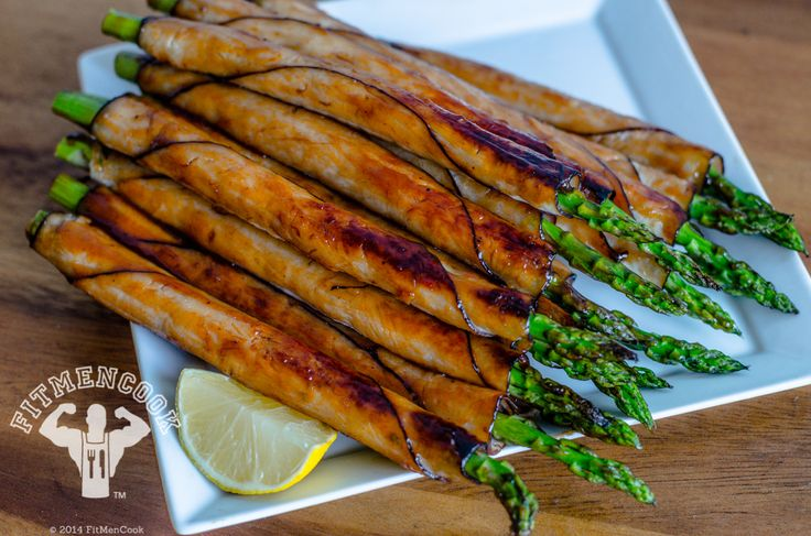 Best Protein Snack – BBQ Turkey Wrapped Asparagus and its super easy, super quick to make!!  YUMMY!!