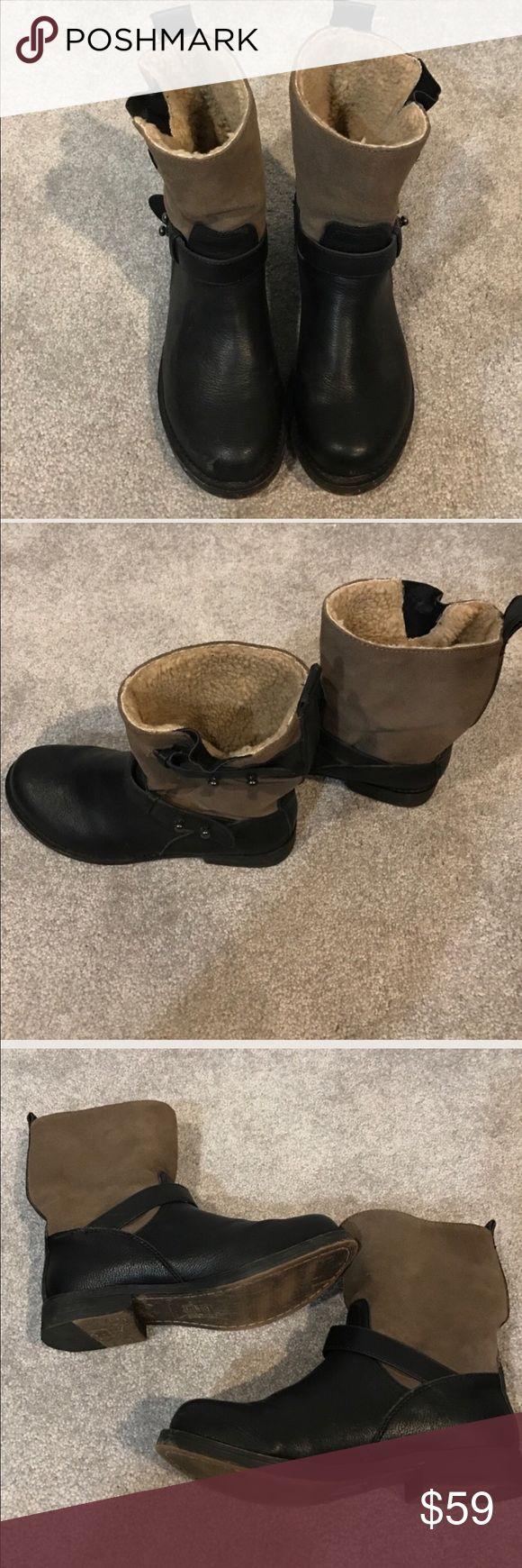 ALDO BOOTS BLACK/TAUPEish SIZE 7 ALDO BOOTS BLACK/TAUPEish SIZE 7. Very good condition Aldo Shoes Combat & Moto Boots