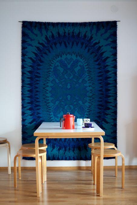 Dining room - Wall rug - Vihreä Talo