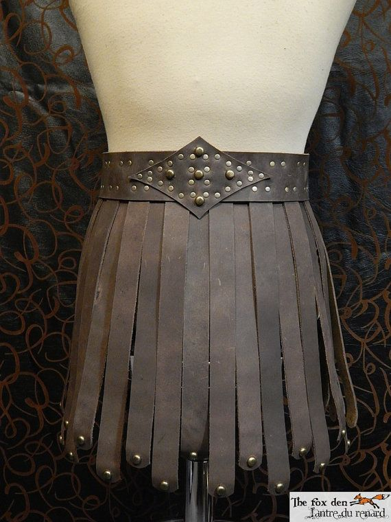 High quality roman gladiator leather skirt! Well designed and well made! A perfect addition to your gladiator costume!    The total length of the