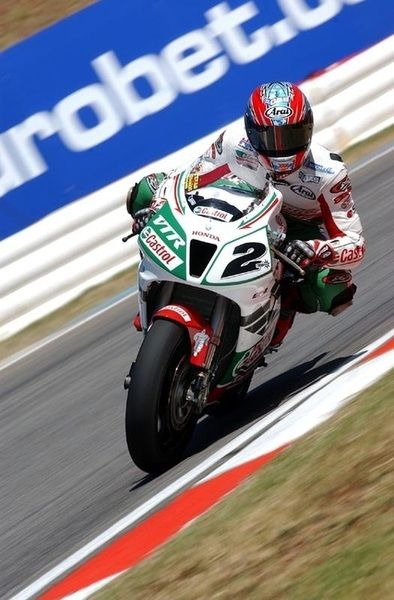 """We never changed fork springs, we never had to do any of that. I never had a year before and I never had a year since that I could do that. That bike was just magic."" Colin Edwards, Castrol HRC-Honda VTR1000SP-2 (RC51), 2002 World Superbike Champion"