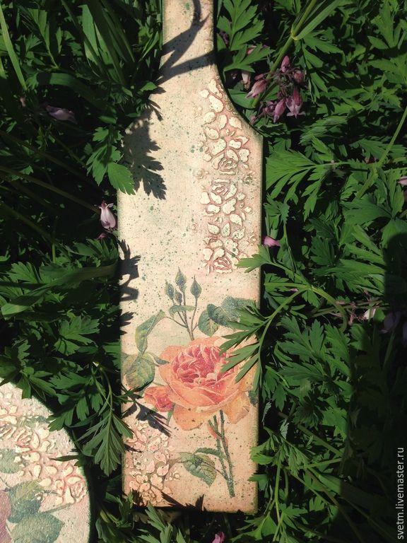 Купить розовые розы (доска разделочная+пробковая подставка - разноцветный, пробка, доска разделочная, доска декупаж