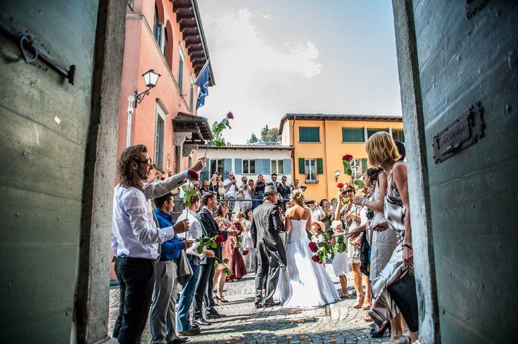 Matrimonio ad Ascona..(CH) Lago Maggiore #fotomaddalena #work #wedding #rose #sposi #chiesa #stefanomaddalena #ascona #svizzera #beautiful #marriage