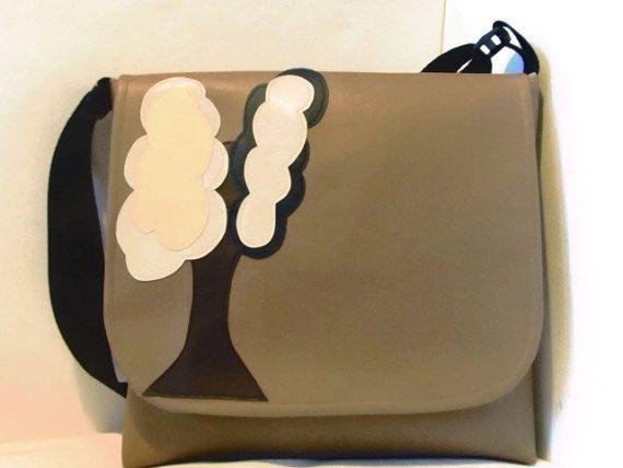 Large Messenger Vinyl Baby Bag Side Satchel in by BagsBeursBolsas