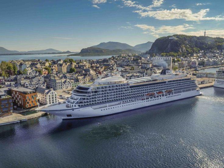 Le 5 migliori navi da crociera mid-size secondo la Guida Berlitz 2017