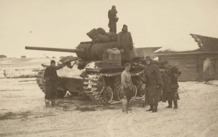 """A very rare """"animal"""" - KV-85. Only 148 were produced."""
